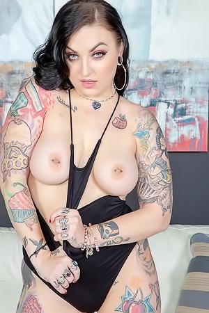 Star nackt Draven  Best porn